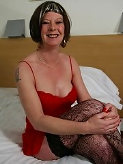 Horny mature lady and her dildo
