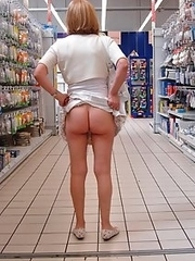 Fat mature shoppers flashing with their tits